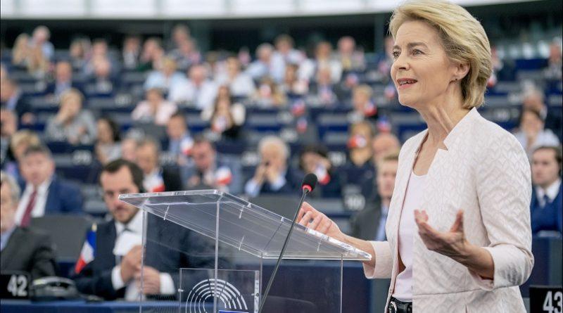 Frau von der Leyen bei ihrer Rede. Quelle: Europaparlament @ flickr